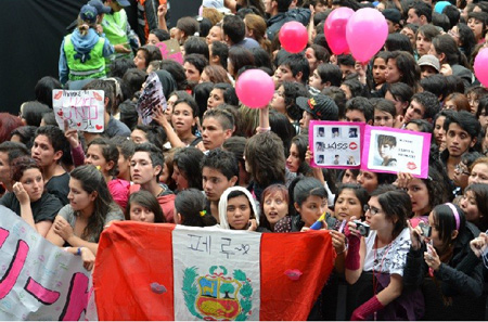 K-pop fans in Peru. / Korea Times file