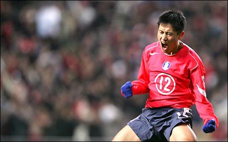 Young-Pyo Lee  was an integral part of South Korea's improbable run to the semifinals at the 2002 FIFA World Cup. (Yonhap)