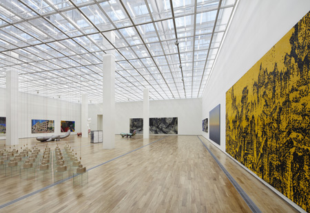 "The ""Zeitgeist Korea"" exhibit looks back on the definitive works of Korean modern art."