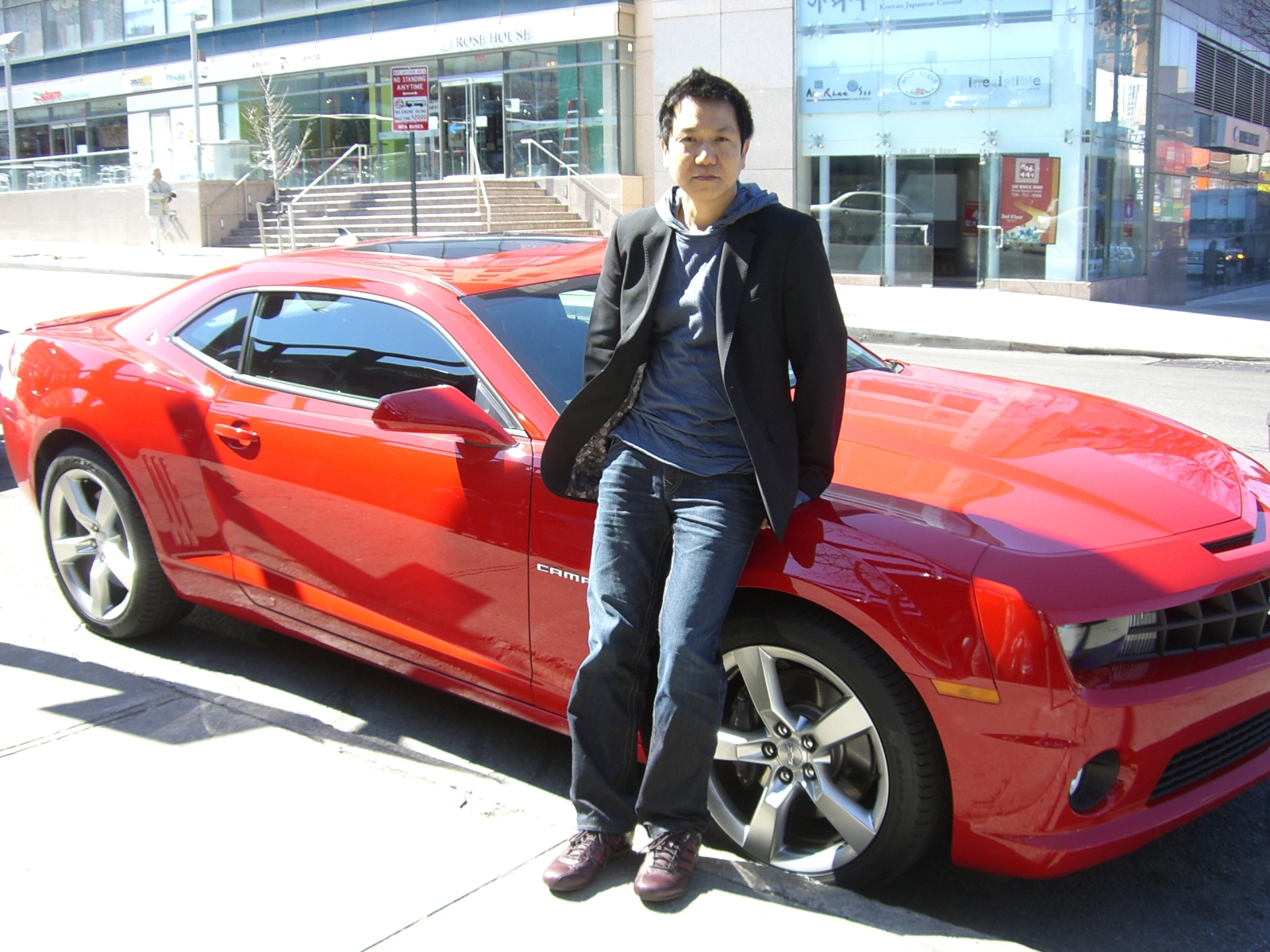 Lee Sangyup, who designed the 'Bumble Bee' Camaro in the Transformer movie, is one of the Korean hot shots in car design world right now. (Newsis photo)