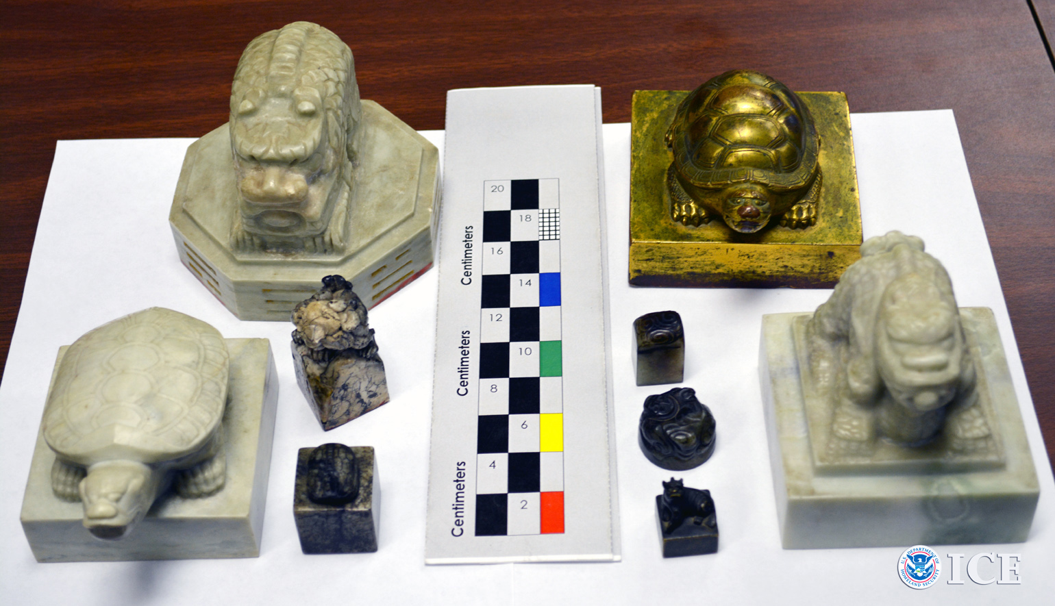 The nine seals include three national seals of the Korean Empire, one royal seal of the Korean Empire and five signets of the Joseon Royal Court of the Joseon Dynasty. The Korean Empire (1897-1910) succeeded the Joseon Dynasty (1392-1910). (ICE photo)