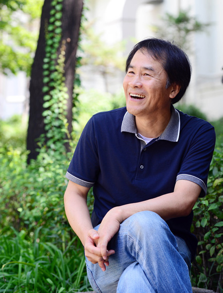 Author Lee Seung u