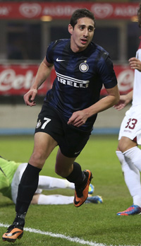 Inter Milan forward Ishak Belfodil is expected to spearhead Algeria's attack at next year's World Cup. (AP-Yonhap)