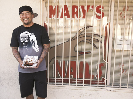 After a humble beginning, Korean-American chef Roy Choi is now among the celebrated young culinary talents in the United States, generating positive reviews from his unique fusion of Korean and Mexican cuisine. (Courtesy of Harper Collins)