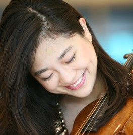 Germany-based violinist Park Ji-hae is garnering attention for her experimental, approachable brand of classical music. (Korea Times)