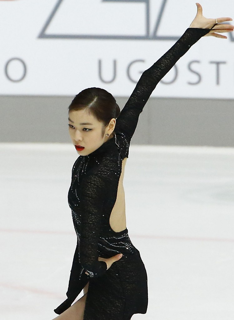 Kim Yuna proved she's perfectly capable of defending her Olympic title. (Yonhap)