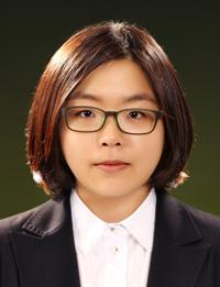 Shin Ji-won (Korea Times)