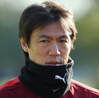 National team coach  Hong Myung-bo