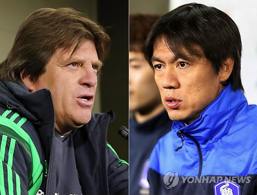 Mexico national soccer team coach Miguel Herrera(left), Korea national soccer team coach Hong Myungbo(right). (Yonhap)