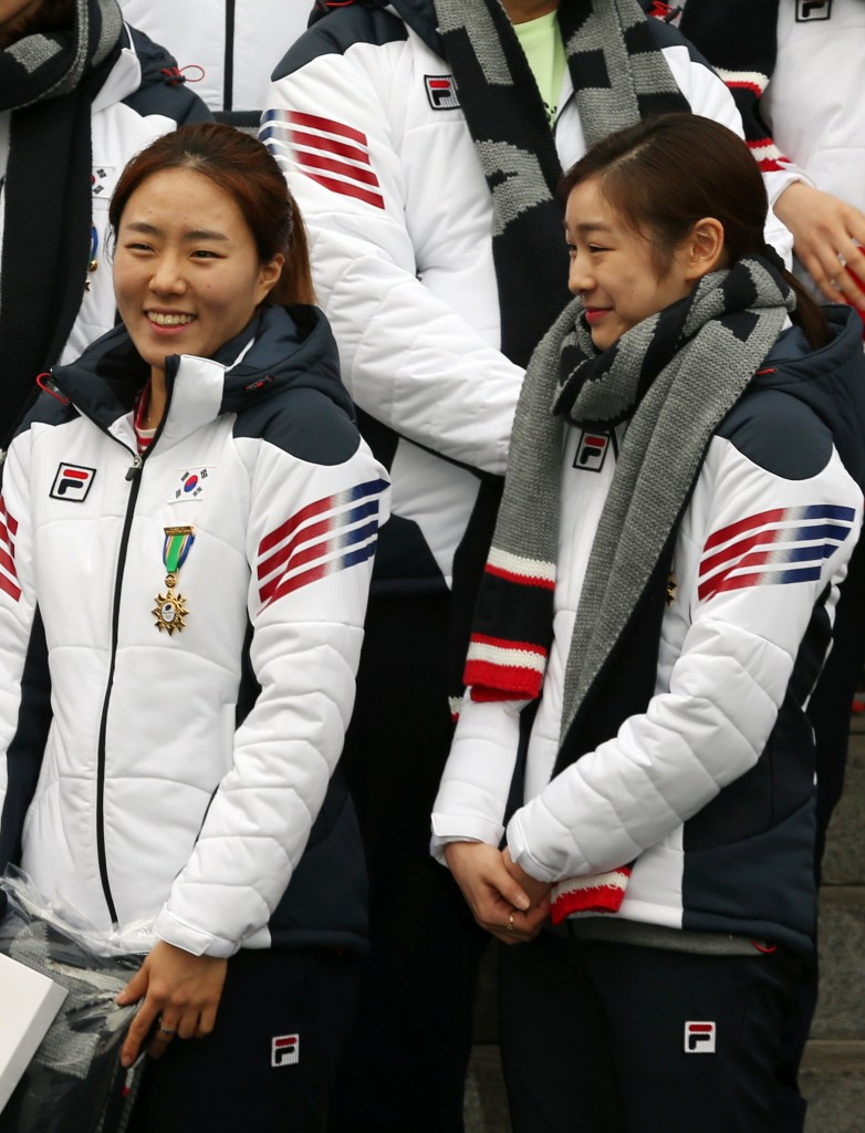 Korea's largest-ever delegation of 66 athletes, including Lee Sang-hwa, left, and Kim Yuna, will unfold what they have prepared at the Sochi Olympics, where more than 2,500 athletes from 88 countries will compete. Korea will be represented in every sport except for ice hockey for the first time.