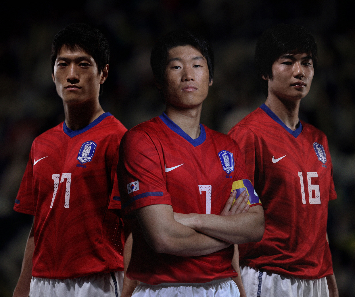 The decision is final. Park Ji-sung, middle, will not be teaming up with Ki Sung-yeung and Lee Chung-young again. (Korea Times file)