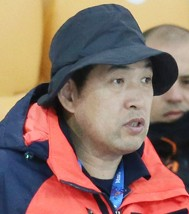 Jeon Myeong-gyu, who resigned at the vice chairman of the national skating body on Monday, had been long suspected of unfairly favoring athletes from the Korea National Sports University to represent the country in international events. (Yonhap)