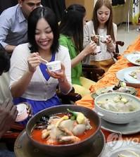 Will Americans embrace Samgyetang as much as galbi, bulgogi, or bibimbap?
