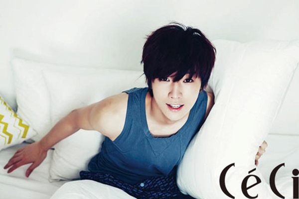 Jinyoung for CeCi Korea. - CeCi Korea