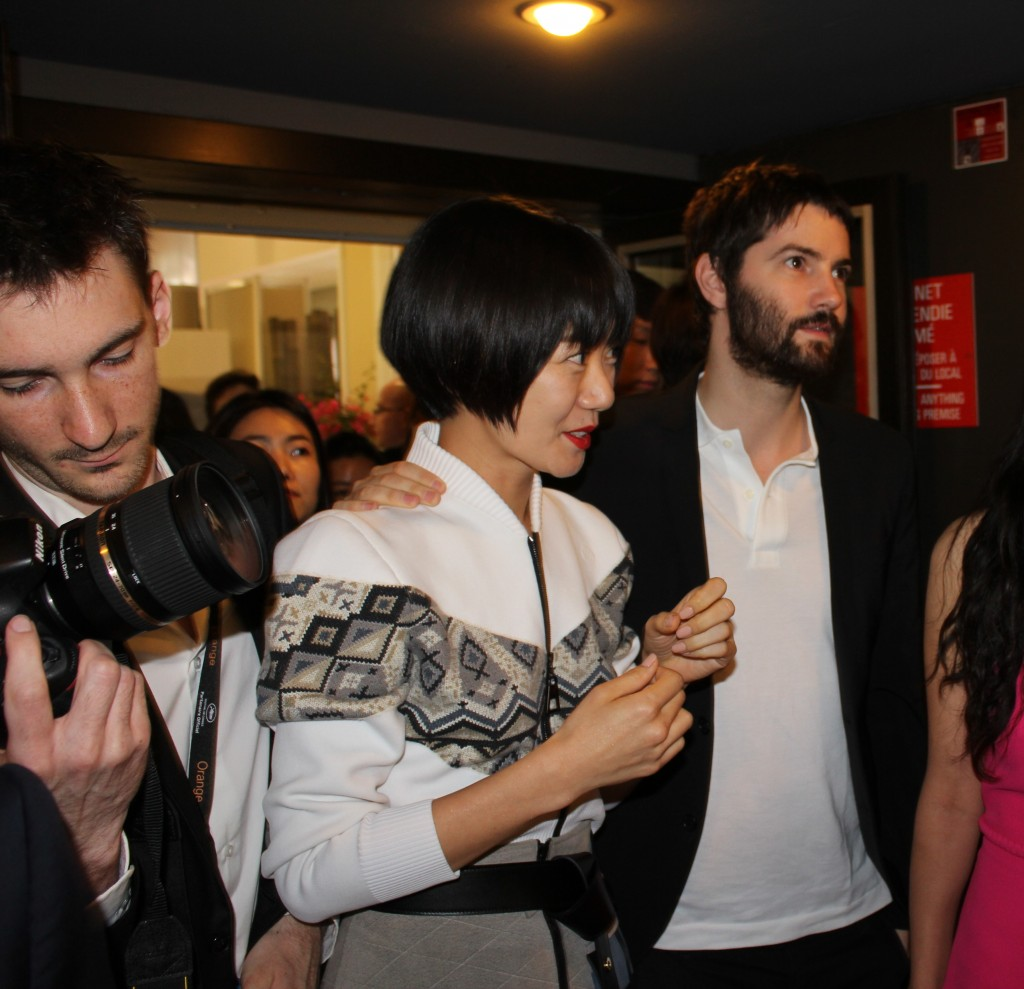 Bae Doona and Jim Sturgess attend Cannes in 2014. (Yonhap)