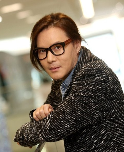 "Kim Jong-seo during promotions for his digital single ""It Hurts"" in 2013. / Yonhap"