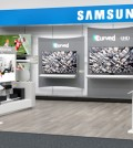 """This is Samsung Electronics' """"shop-in-shop"""" section, dubbed the Samsung Entertainment Experience, set up at one of Best Buy stores in the United States. (Courtesy of Samsung Electronics)"""