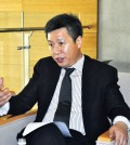 Yong Zhao, an education professor at the University of Oregon, speaks during an interview with The Korea Times Friday at Chadwick International School in Songdo, Incheon. (Courtesy of Chadwick International)