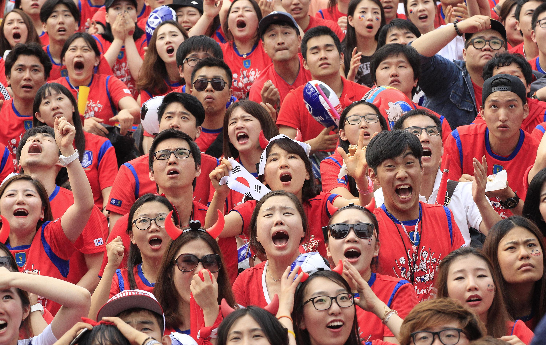 Kết quả hình ảnh cho young generation korea react to president election