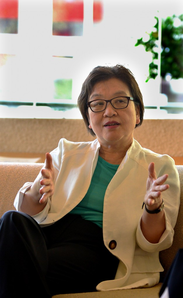 """National Museum of Korea Director Kim Young-na discusses LACMA's """"Treasures from Korea"""" with The Korea Times. (Kim Young-jae / The Korea Times)"""