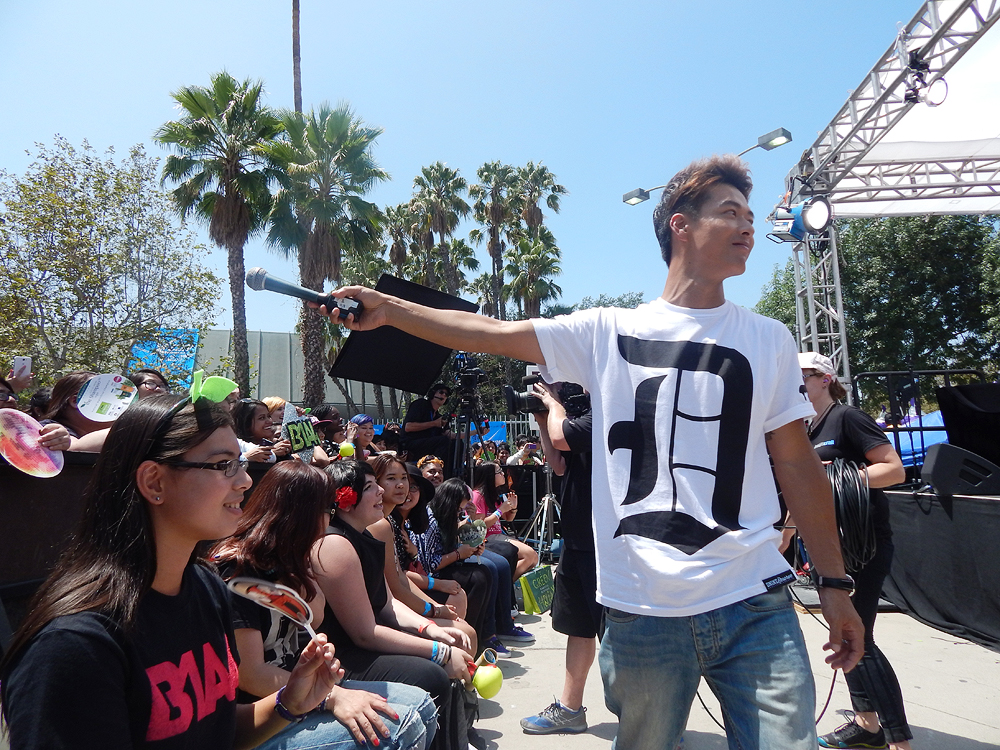 "Danny Im during a live taping of ""Danny From L.A."" at KCON 2014, Aug. 9. (Tae Hong/The Korea Times)"