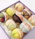 """These peaches were sold as gifts for Qixi festival on August 2, which is known as the """"Chinese Valentine's Day."""""""