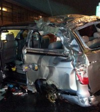 A rental van that crashed into a protective wall near Youngdong Expressway killed two members of Ladies' Code. (Yonhap)