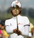 Choi Na-Yeon, a 7-time winner on the LPGA Tour, is right on the heels of the leader Stacy Lewis. (Korea Times file)