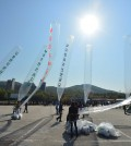 South Korean activists send anti-Pyonyang leaflets over the norther border. (NEWSis)