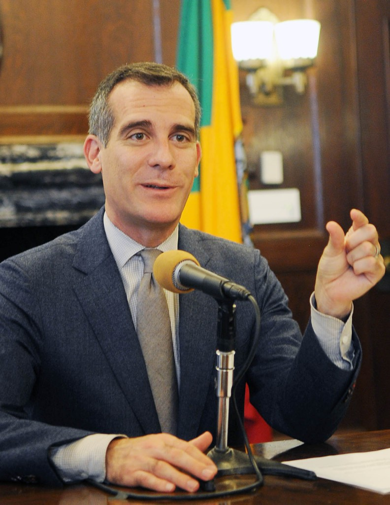 Los Angeles Mayor Eric Garcetti discusses his Asia visit at a press conference Monday. (Park Sang-hyuk/The Korea Times)