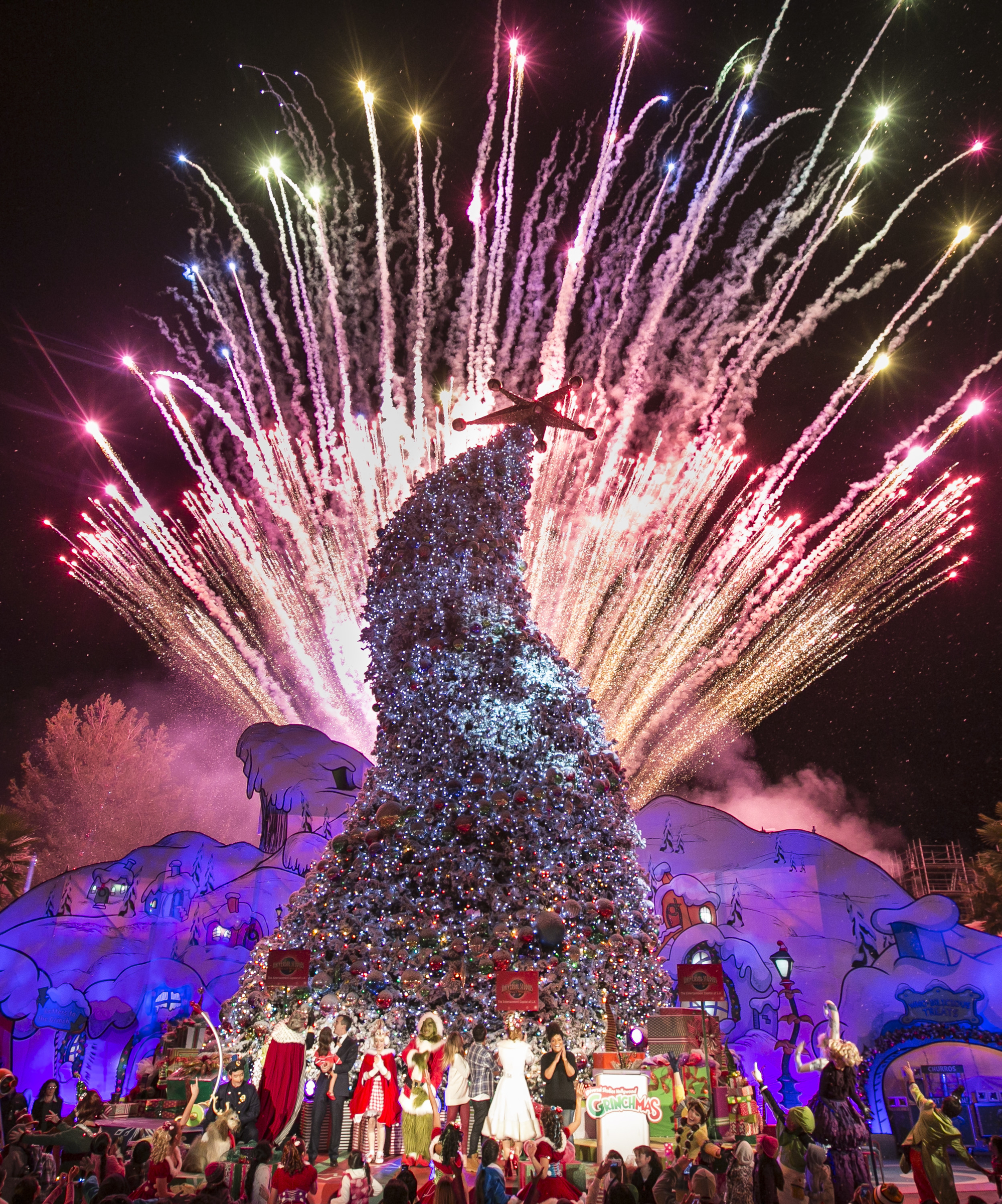 Grinchmas At Universal Studios Is A Wholiday Treat
