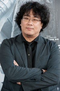 "Director Bong Joon-ho arrives at the Los Angeles Film Festival Opening Night Gala - ""Snowpiercer"" on Wednesday, June 11, 2014 in Los Angeles. (Photo by Richard Shotwell/Invision/AP/Yonhap)"