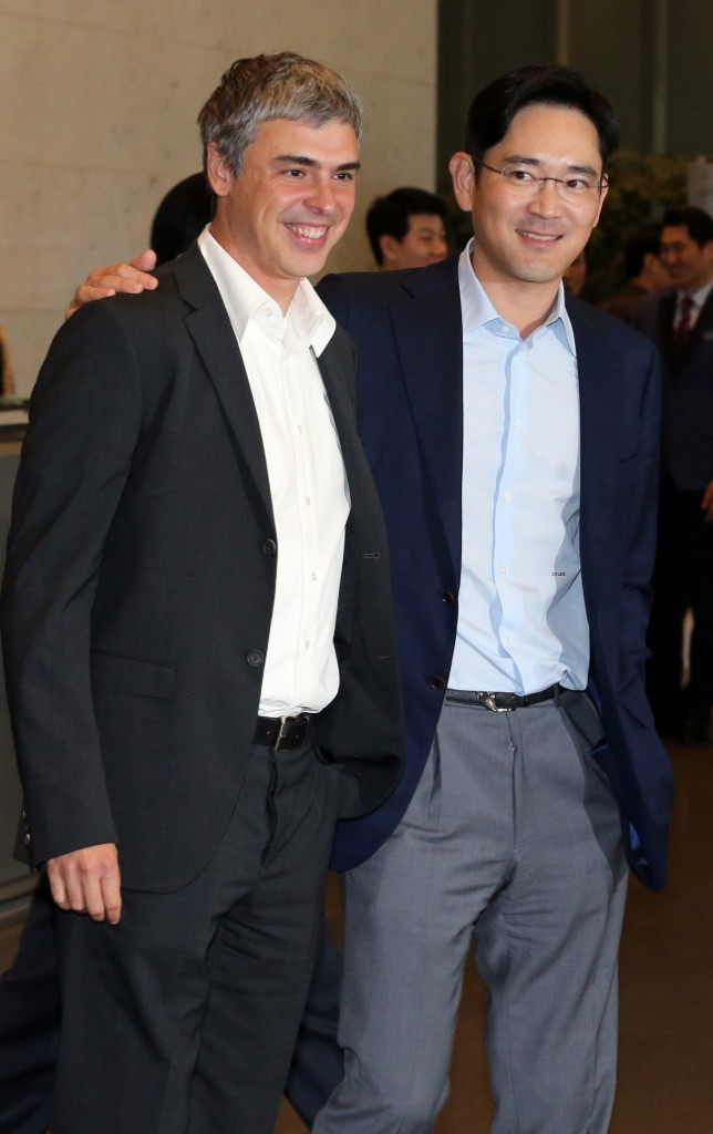 Samsung Vice Chairman Lee Jae-yong, left, with Google co-founder Larry Page