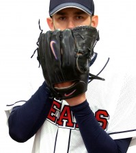 Dustin Nippert (NEWSis)