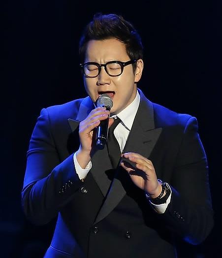 爱上朝鲜民谣 能把所有人唱哭的《孤独阿里郎》