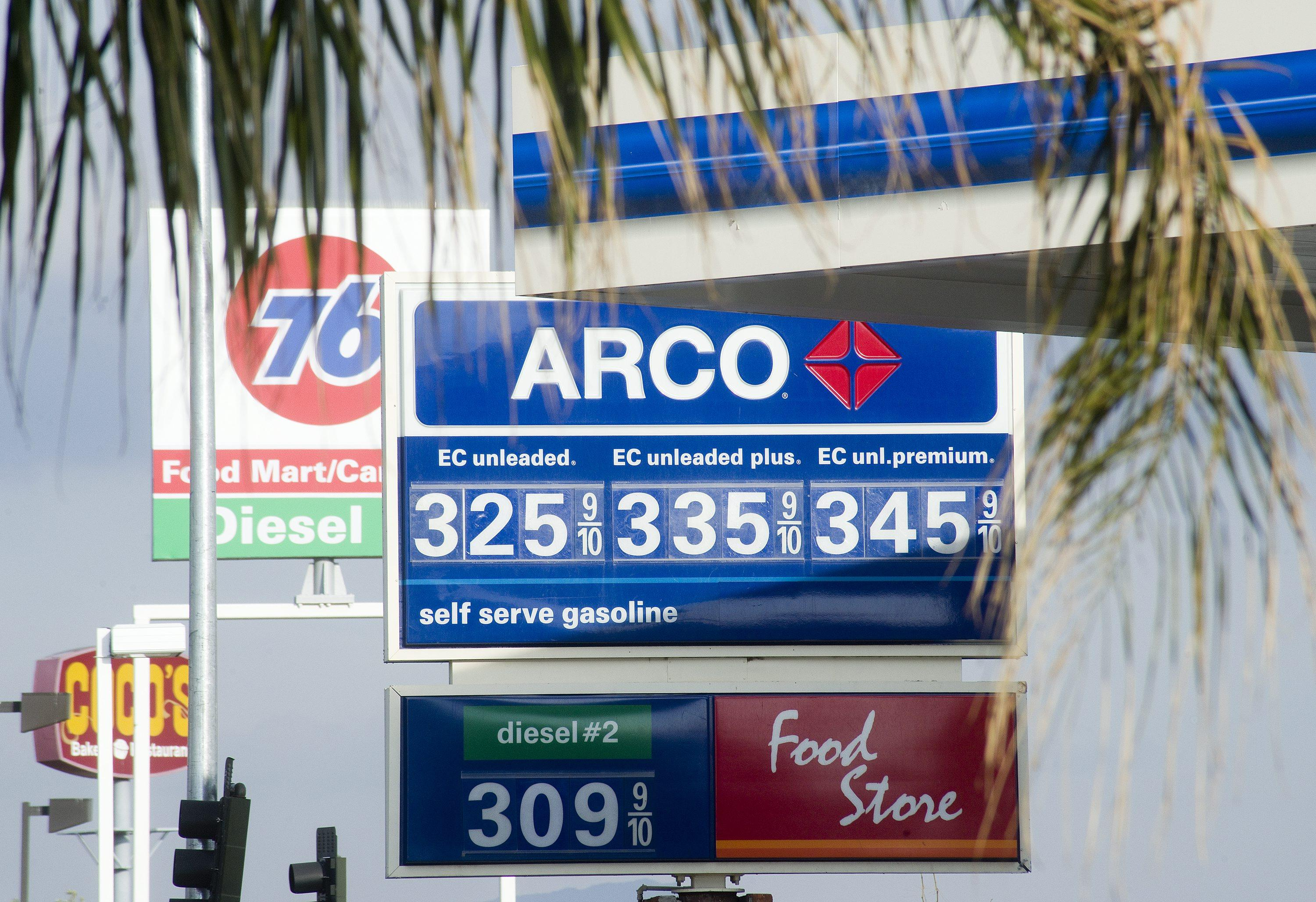 Arco Gas Prices >> Socal Gas Prices Experience Largest Drop Since December