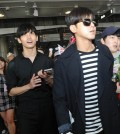 TVXQ is greeted by fans at Los Angeles International Airport Thursday as they arrive for the 13th Korea Times Music Festival. (Park Sang-hyuk/Korea Times)
