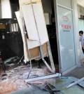 A car ran into Park's BBQ in Los Angeles' Koreatown Monday morning. (Park Sang-hyuk/Korea Times)