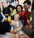 Susan Ahn Cuddy celebrates her 99th birthday with the 3.1 Women's Association last year. (Park Sang-hyuk/Korea Times)