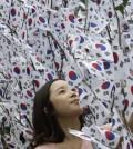 A South Korean woman celebrates liberation day. (Yonhap)