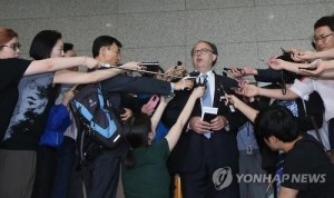Sydney Seiler, the U.S. special envoy for the six-party talks, speaks to reporters in Seoul on July 27, 2015, after meetings with South Korean officials. (Yonhap)
