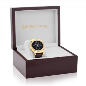 LG Electronics Co.'s upgraded edition of its flagship smartwatch, LG Watch Urbane Luxe (Photo courtesy of LG Electronics)