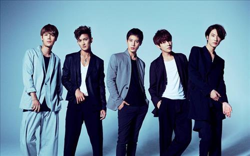 K-pop group Supernova tops Japan's Oricon chart   The Korea