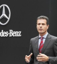 Dimitris Psillakis, chief of Mercedes-Benz Korea, speaks at a training center in the city of Yongin, just south of Seoul, on Sept. 11, 2015, in this photo released by the South Korean unit of the German carmaker. Mercedes-Benz has opened the training center to nurture quality technicians in order to provide improved customer service. (Yonhap)