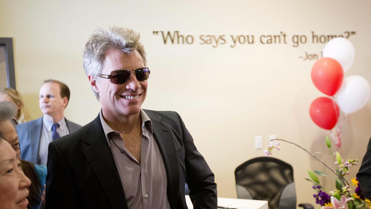 Jon Bon Jovi arrives at an event launching the JBJ Soul Homes in Philadelphia, Pensylvania, on April 22, 2014. (AP-Yonhap)