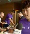 Son Heung-min talks about bringing Korean food for his new teammates. (Facebook capture)