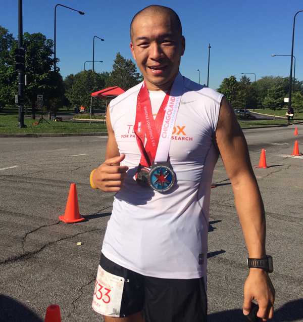 Jimmy Choi at the Chicago Marathon 2015 (Michael J. Fox Foundation/Runner's World)