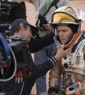 "Actor Matt Damon (R) on the set of ""The Martian"" (Yonhap)"