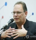 Jim Newton, the founder of TechShop Inc., speaks at a press conference held in Daejeon on Oct. 21, 2015. (Yonhap)