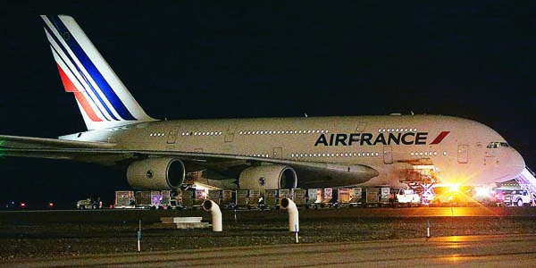 Air France Flight 65 made an emergency landing Tuesday night following a bomb threat.  (Ravell Call/The Deseret News via AP)